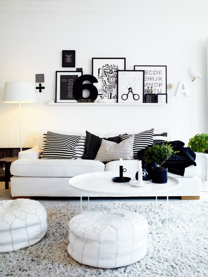 10 black and white living room shelving 665 887 black Black and white room decor