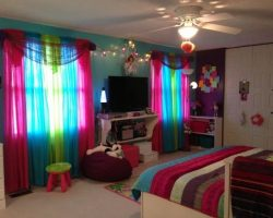 20 Rainbow Bedroom Themed Ideas