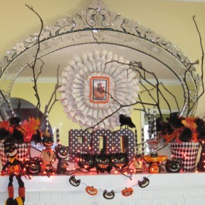 50 Awesome Halloween Decorating Ideas Fireplace with Small Pumpkins