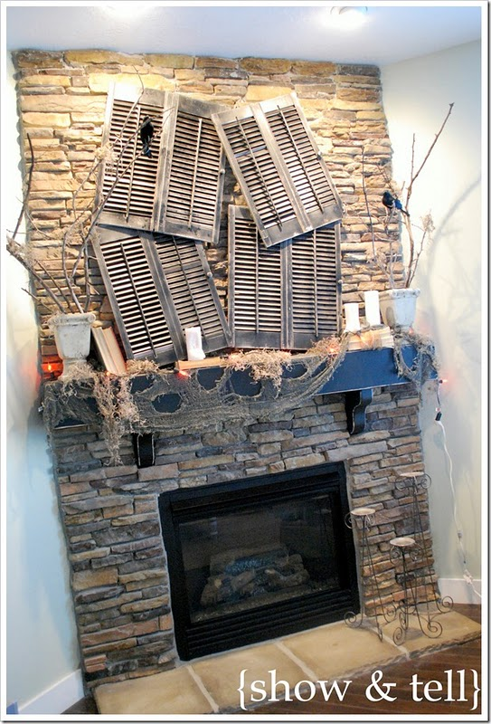 50 awesome halloween decorating ideas sstone fireplace for Awesome halloween decoration ideas