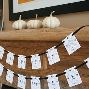 50 Awesome Halloween Decorating Ideas Fireplace Small Pumpkins Card Flag