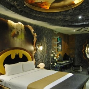 Can't Believe Batman-Inspired Motel Room in Taiwan