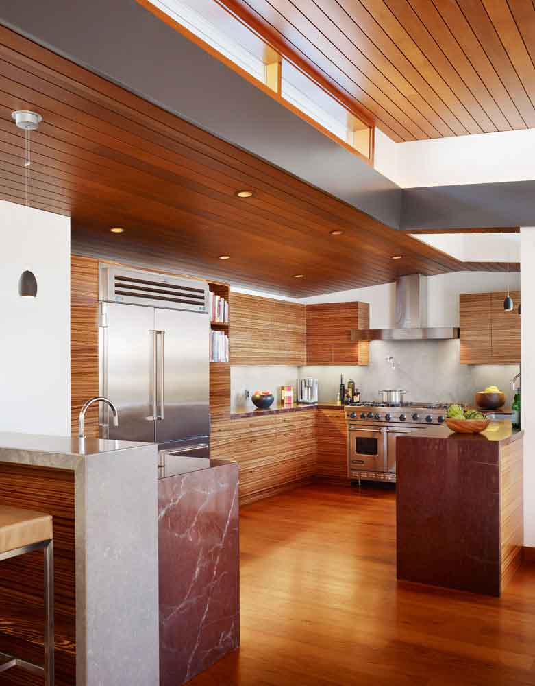 Careful space planning tropical house clean kitchen for Tropical kitchen designs
