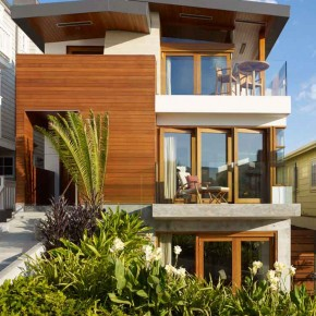 Careful Space Planning Tropical House Front Garden Balcony View