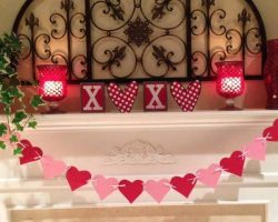 20 Valentines Day Mantel Decorating Ideas