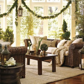 Green Living Room Christmas Decorating