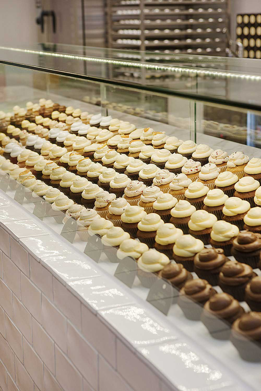 Interior Design for a Cupcake Shop for table glass cookies