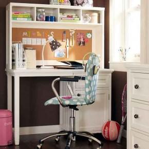 Simple-Elegant-Kids-Study-Room