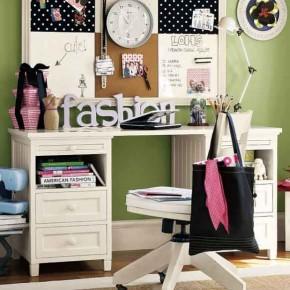 Simple-Green-Kids-Study-Room