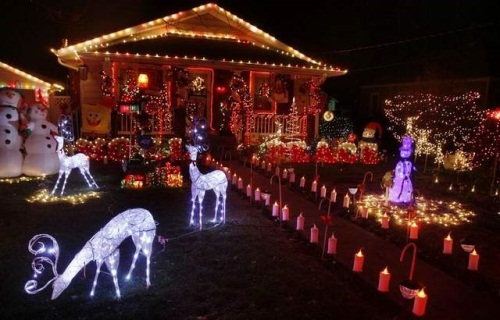 Interior design center inspiration - Christmas lights house ideas ...