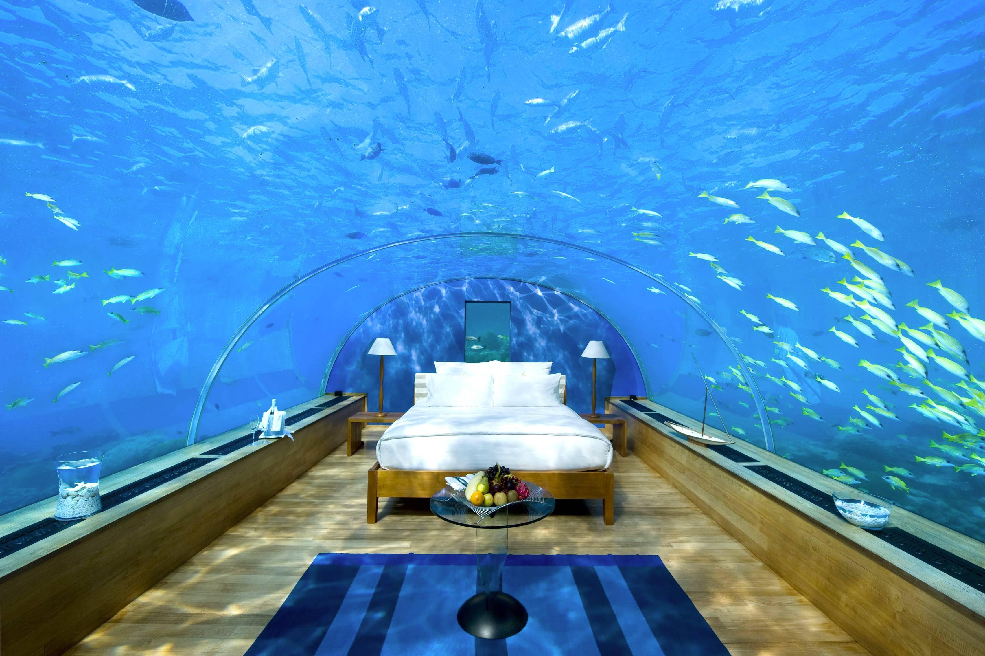 Underwater bedroom interior design center inspiration for Underwater bedroom designs