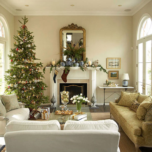 Christmas living room 16 33 christmas decorations ideas for Simple home decor for christmas