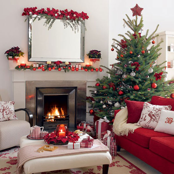 Christmas living room 27 33 christmas decorations ideas for Interior xmas decorations