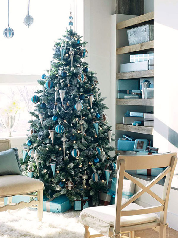 Christmas living room 8 33 christmas decorations ideas bringing the christmas spirit into your - Awesome christmas living room decorating ideas ...
