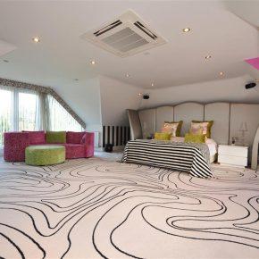 20 Funky Bedroom Designs