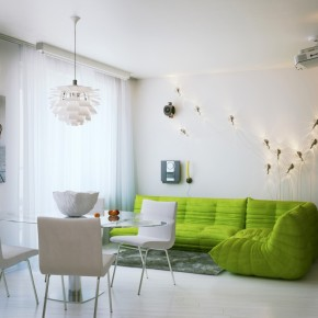 Green Couch  Small Apartment Design in St.Petersburgh Photo  1