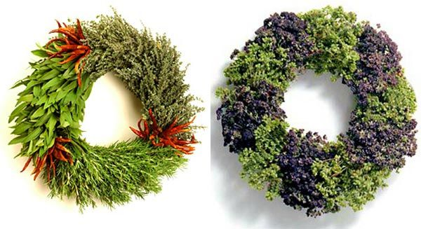 Special Christmas Wreath Decorating Ideas Green Cristmas Wreath 34 ...