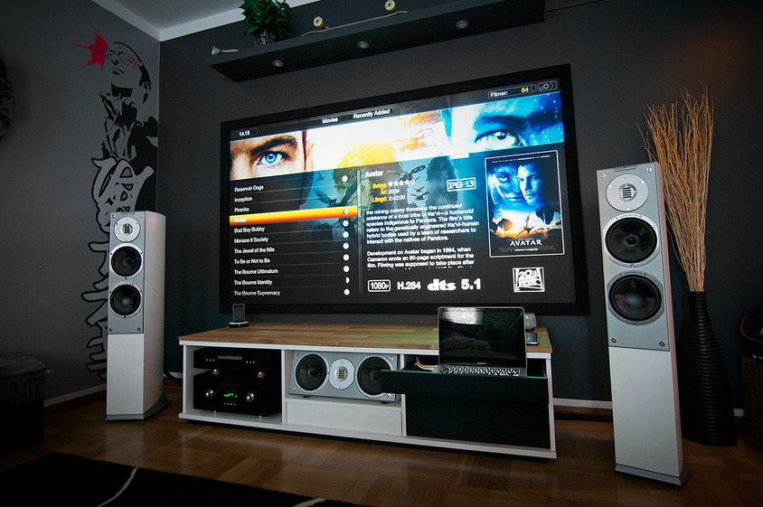 Home theatre system a massive home entertainment setup for Home theater setup ideas
