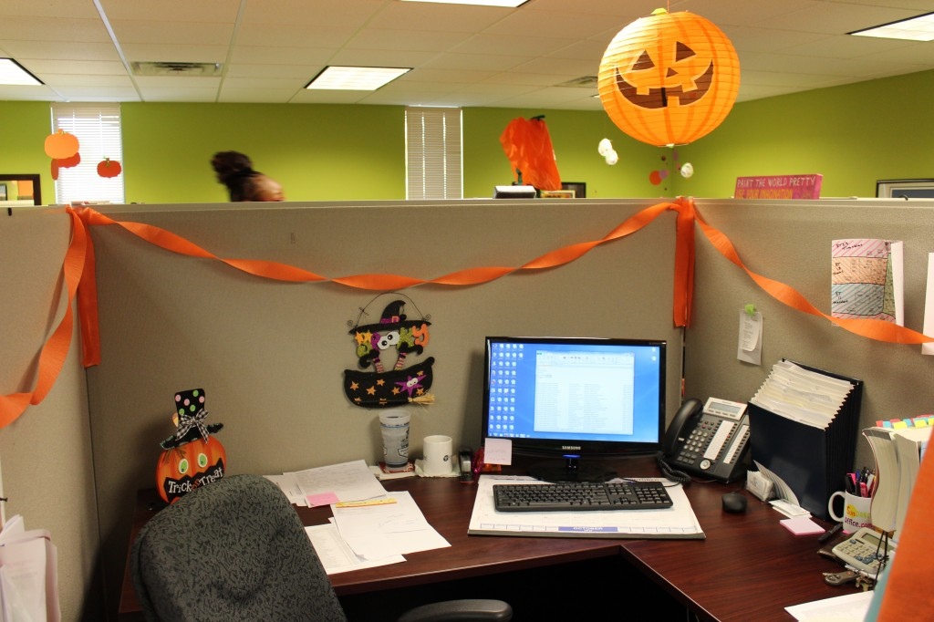 Cubicle Halloween Decorations