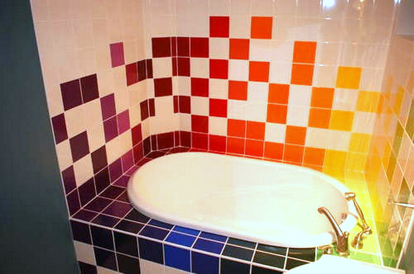 21 Colorful Bathrooms