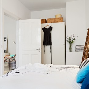 Small Bedroom White  A Scandinavian Beauty Photo  10