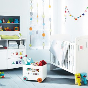 11 Fantastic Baby Nursery Design Ideas by Vertbaudet White Curtain Wall