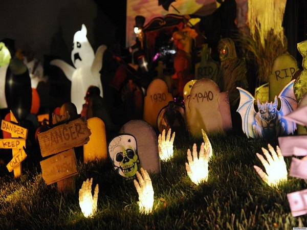 25 Halloween Decorating Ideas For 2013
