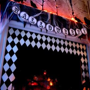 50 Awesome Halloween Decorating Ideas Fireplace Black White Box