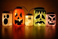 50 Awesome Halloween Decorating Ideas fireplace Hot Pumpkins