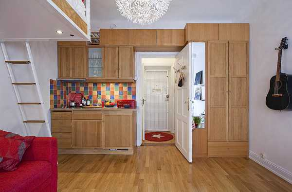 20 Space Saving Ideas for Small Homes