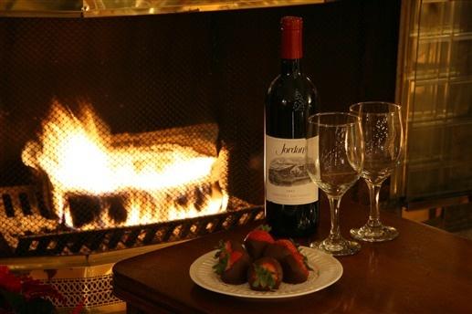 20 Romantic Fireplace Ideas