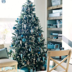 Christmas Living Room 8 33 Christmas Decorations Ideas Bringing The Christmas Spirit into Your Living Room Picture 12