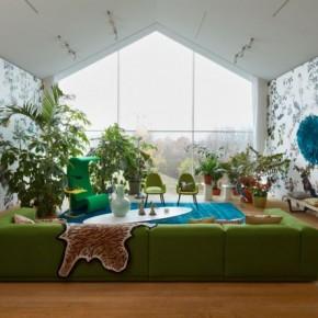Green Sofa White Blue Living Room Patterened Wallpaper 665x443  Beautiful Modern Style Sofas  Wallpaper 3