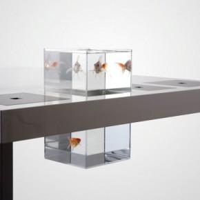 Milk Desk Goldfish 582x385  11 Modern Minimalist Computer Desks  Picture  8