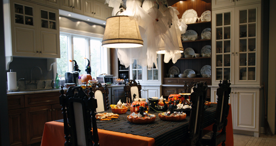 20 Interior Design Kitchen Halloween Decorating Ideas