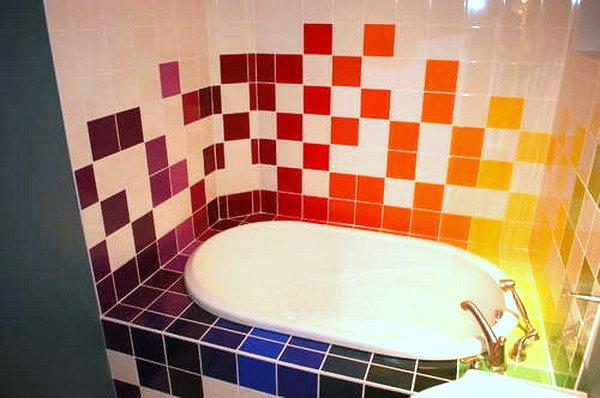 21 Colorful Bathrooms