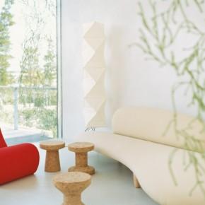 White Cream LIght Modern Curved Sofa 665x528  Beautiful Modern Style Sofas Photo  9